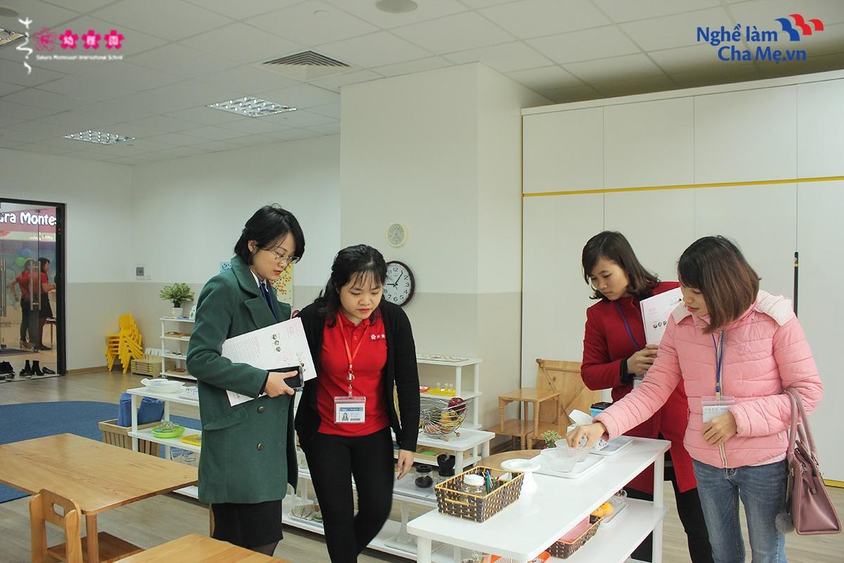 Hoi-thao-Mon-mom-Montessori-va-cach-nuoi-day-em-be-hanh-phuc-29