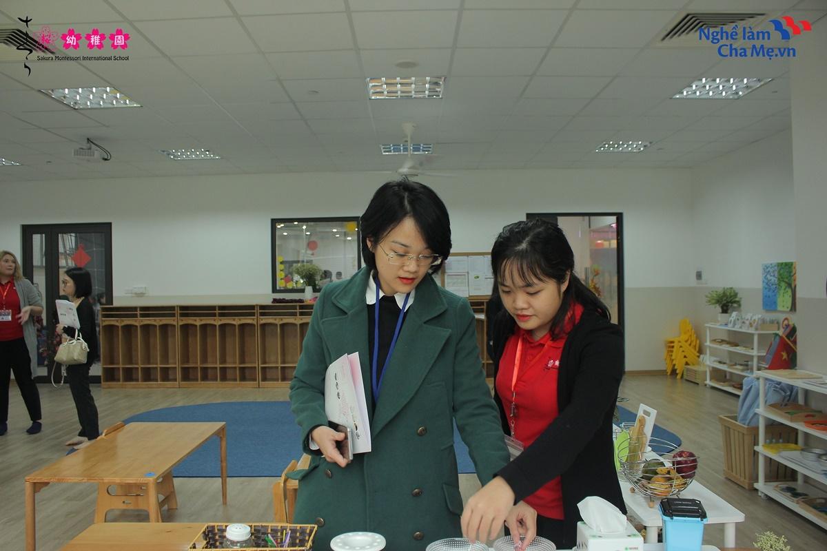 Hoi-thao-Mon-mom-Montessori-va-cach-nuoi-day-em-be-hanh-phuc-7
