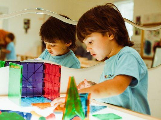 Phương pháp Reggio Emilia - Trao quyền tự chủ cho trẻ