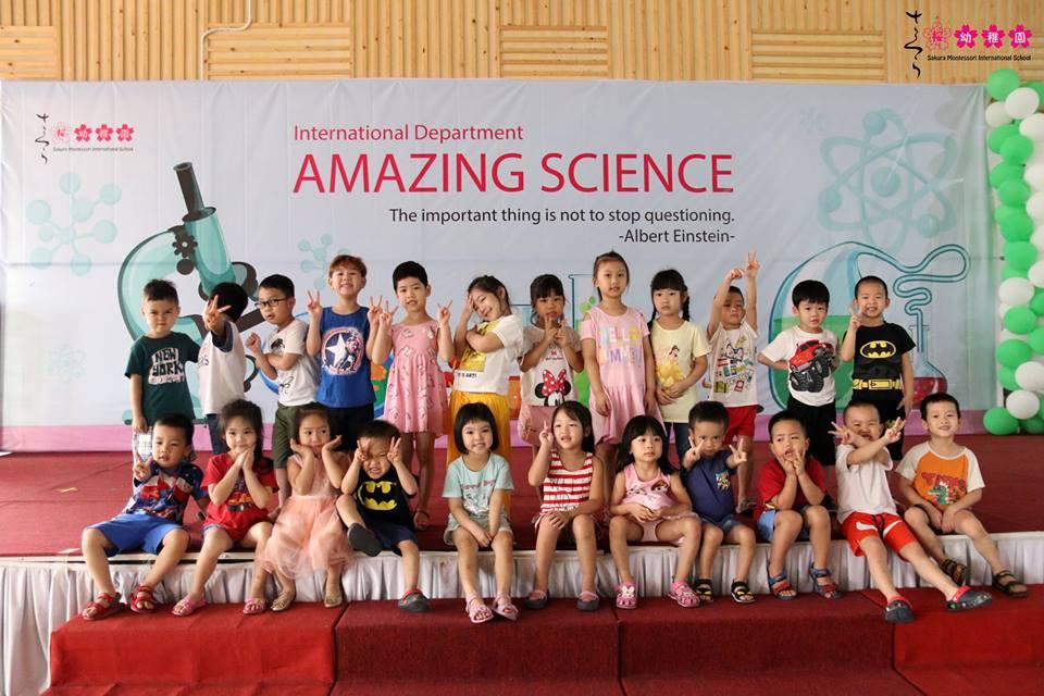 cac-ban-nho-truong-sakura-montessori-vui-hoi-khoa-hoc-amazing-science-22