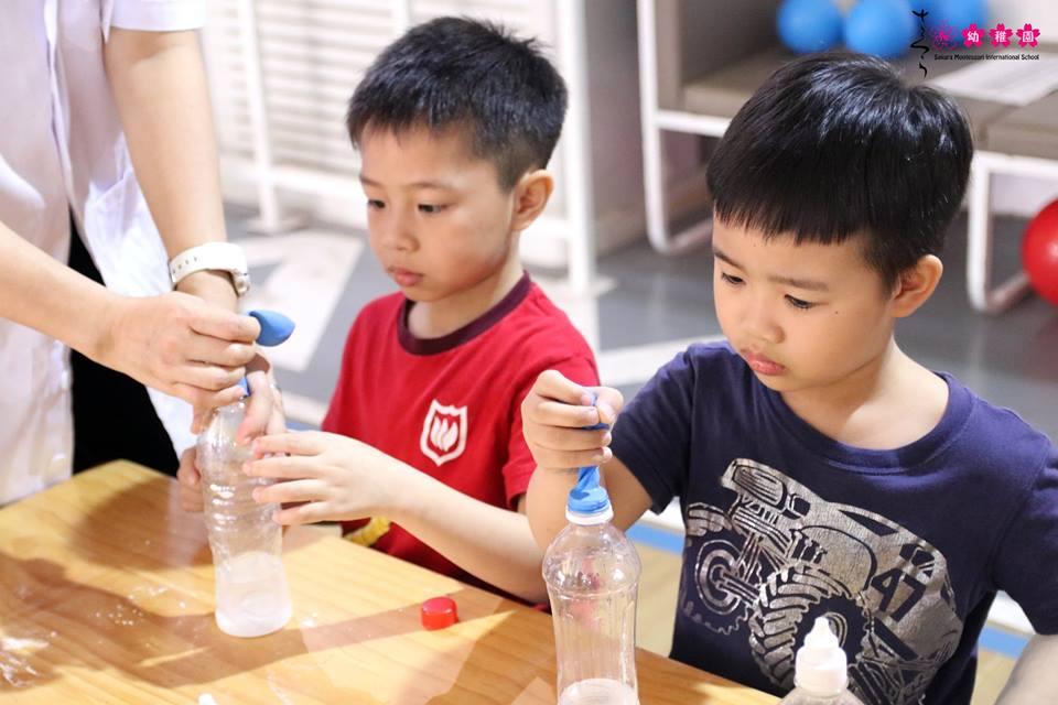 cac-ban-nho-truong-sakura-montessori-vui-hoi-khoa-hoc-amazing-science-9
