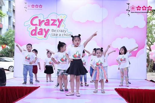 """Độc đáo Ngày hội """"Crazy Day"""" của học sinh trường mầm non quốc tế tại Hạ Long"""