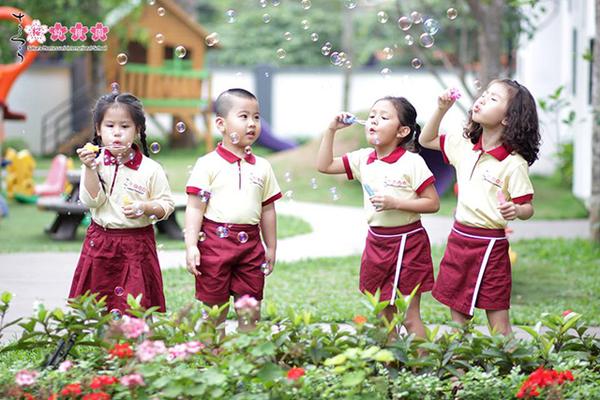 5 kỹ năng nền tảng thế kỷ 21 trường Sakura Montessori xây dựng cho trẻ
