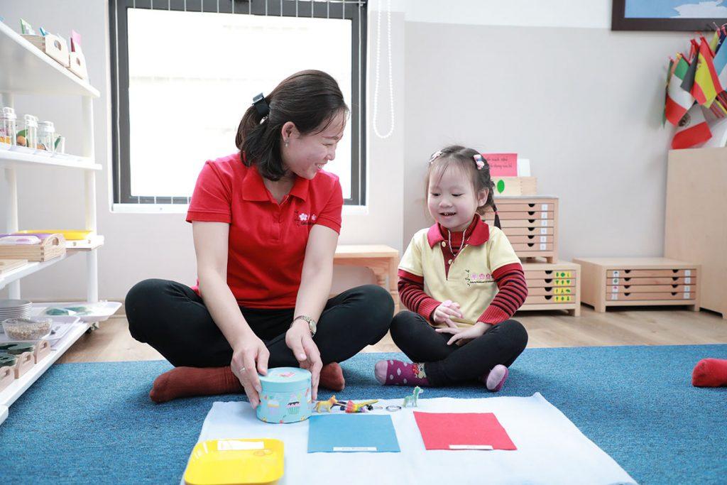 Với các bạn nhỏ, mỗi giờ học tại trường Sakura Hà Đông là một cơ hội để khám phá tri thức