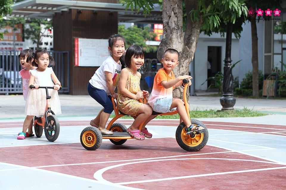 Kỹ năng vận động thô xây dựng nền tảng phát triển toàn diện cho trẻ