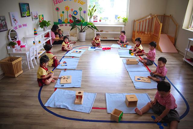 Giáo dục sớm cho trẻ mầm non và những quan điểm sai lầm của ba mẹ