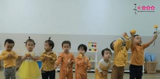 co-giao-hoang-thi-ngan-hanh-phuc-cua-minh-la-duoc-chung-kien-cac-con-khon-lon-tung-ngay-4