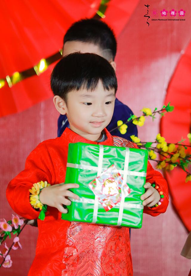 Cùng con trải nghiệm Tết quê hương tại Sakura Montessori Cầu Giấy 2