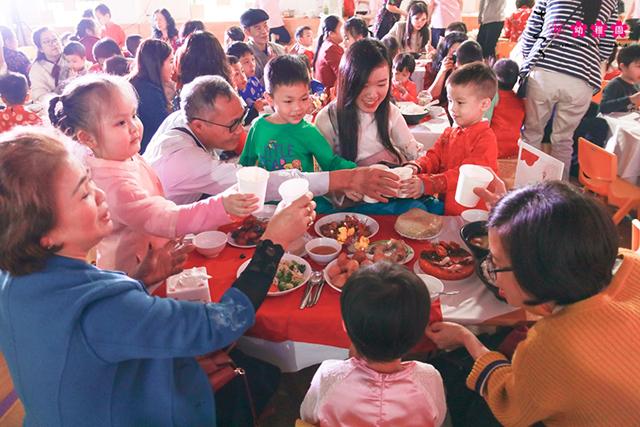 Cùng con trải nghiệm Tết quê hương tại Sakura Montessori Cầu Giấy 8